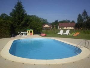 La piscine partagée avec le studio