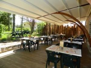 Restaurant Le Pic Vert - La terrasse couverte